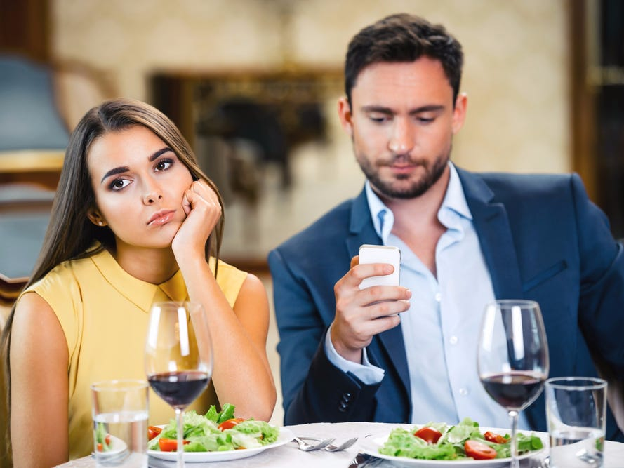 courting prior to divorces is normally finalized